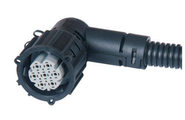 China 12v 7 Pin Trailer Light Plug Black Tow Light Plug IATF16949 Certification factory